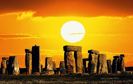 StonehengeEquinox